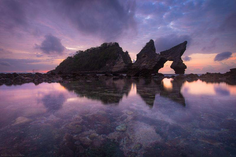 Incredible lilac sunrisephoto preview