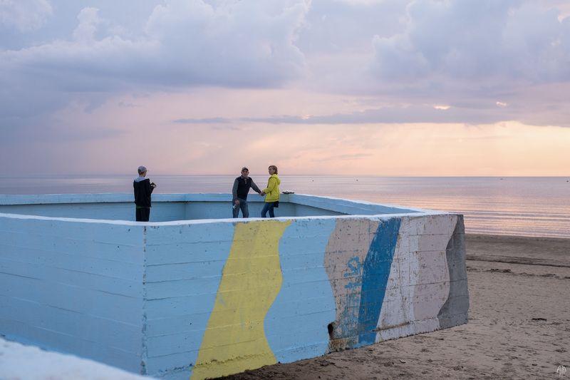 уличная фотография, streetphotography, море, закат, синий час, Синий парапетphoto preview