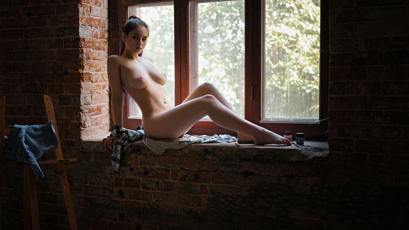 Window girlphoto preview