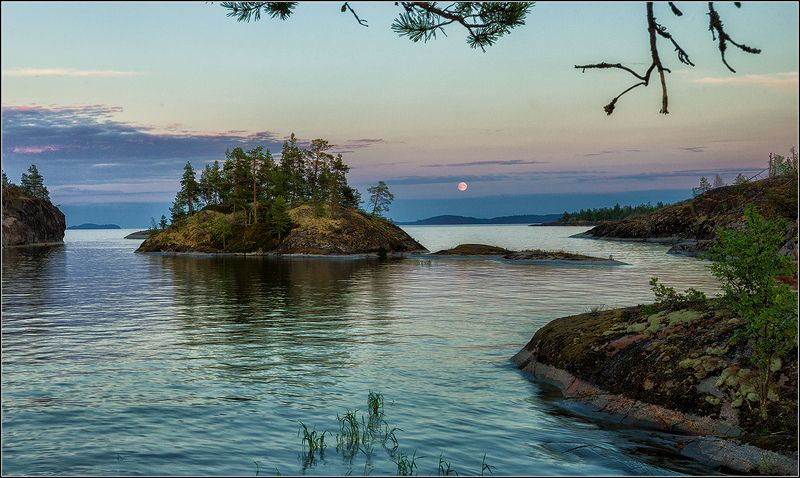 карелия, ладожское озеро, вечер, луна Восход луныphoto preview