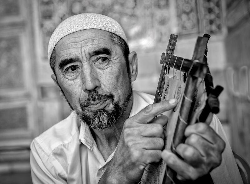 Художник на темы из  Корана. Регистан.photo preview