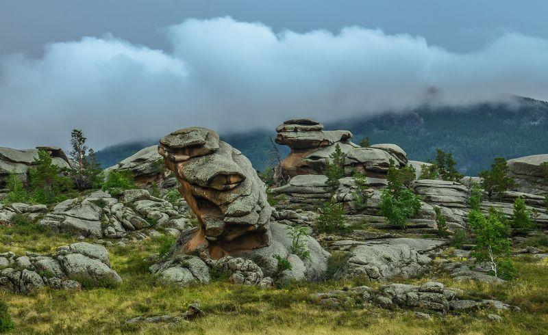 горы Лето  в  Баянаулеphoto preview