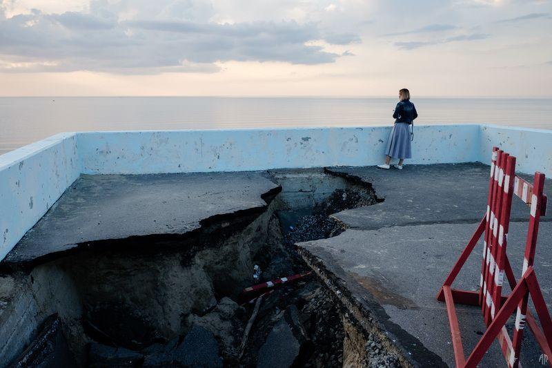 streetphotography, сюрреализм, Провалыphoto preview
