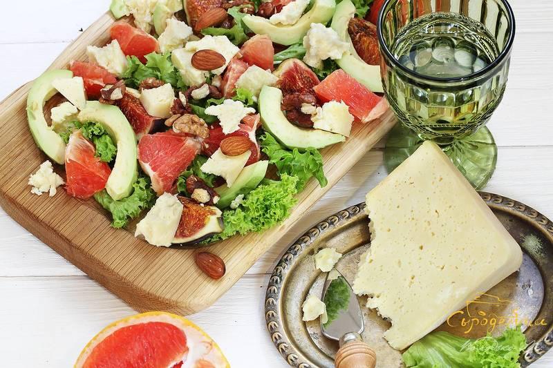 сыр,вино,салат Салат с сыром и белом виномphoto preview