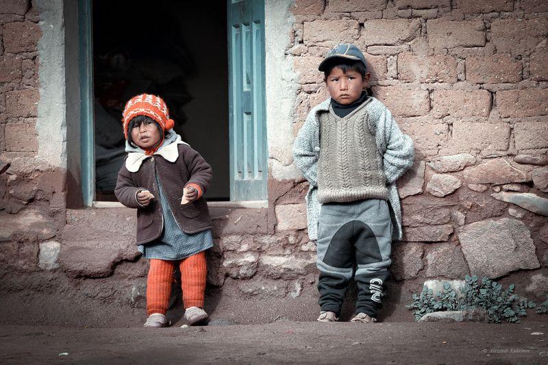 боливия, гваделупе, дети Детство на краю земли...photo preview