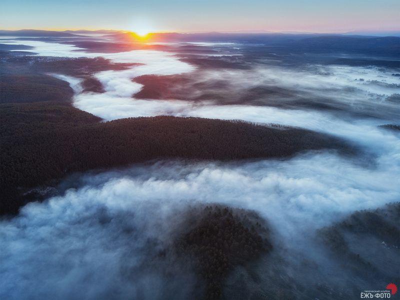 Рассвет на реке Айphoto preview