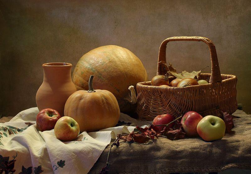 натюрморт, осень, тыквы, листья, фонарик, корзина, хмель Наступает время тыкв!photo preview