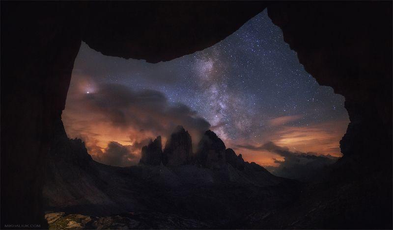 Окно в нашу Вселеннуюphoto preview