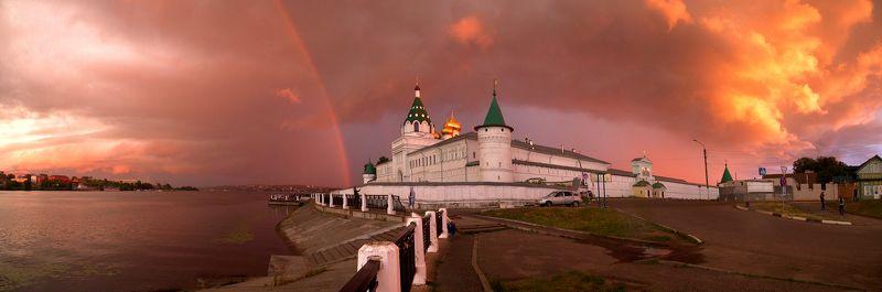 кострома панорама гроза монастырь Перед грозойphoto preview