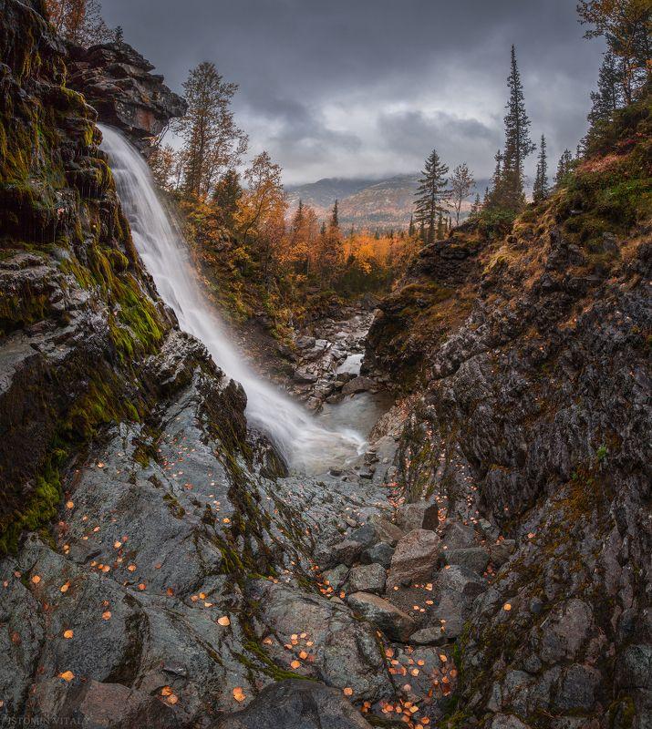 пейзаж,россия,хибины,вода,осень,лес,горы,цвет,свет,панорама Водопад красивыйphoto preview