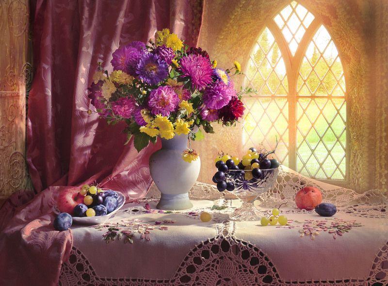 still life,натюрморт, цветы, хризантемы, фото натюрморт, солнечный день, сентябрь ,осень, бабье лето, астры, Золотую отраду бабьим летом зовут…photo preview