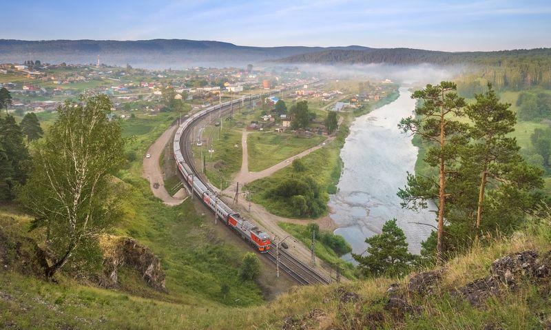 жд, железная дорога, поезд, россия,  пейзаж, skrylov, skrylov_official,  вязовая, утро рассвет, neман, лето, река, горы, лес, пассажирский поезд. эп2к, челябинская область, юрюзань ***photo preview