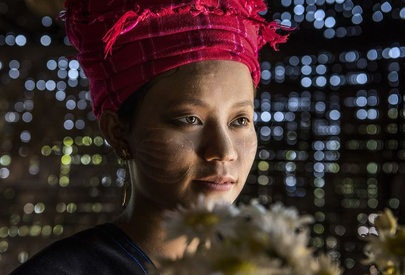 minority womanphoto preview