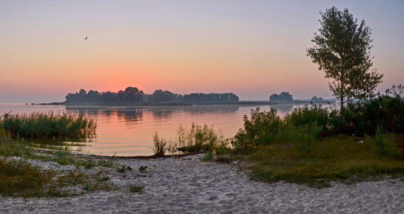 утро, рассвет, река, восход, 22-е сентября, осеннее равноденствие Утро осеннего равноденствия. 22-е сентября.photo preview
