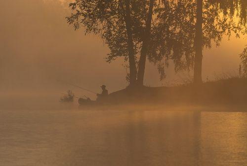 Утро на рыбалке