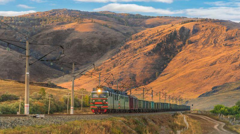 жд, железная дорога, поезд, россия,  пейзаж, skrylov, skrylov_official, башкортостан, электровоз, горы, скалы,  грузовой поезд, закат, лето, ***photo preview
