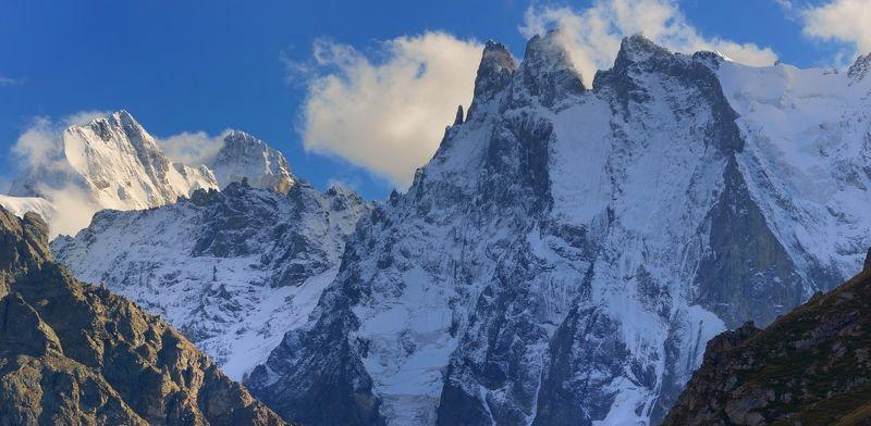 горы осень шхельда ушба Шхельда и Ушбаphoto preview