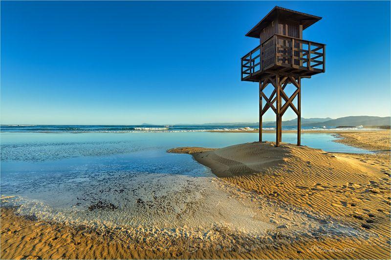 море, пляж, волны, горы, закат, пейзаж Пляж на закатеphoto preview