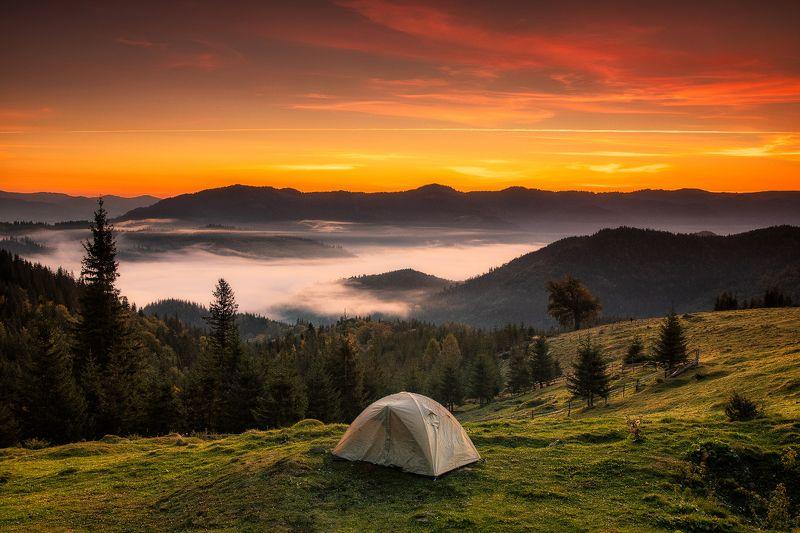 карпаты, горы, осень, туман Лучший вид из окнаphoto preview