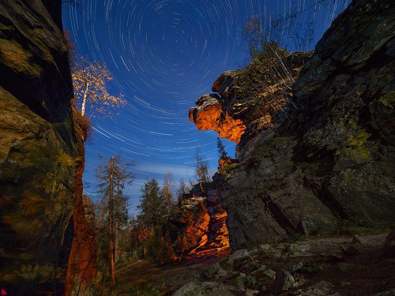 скала черепаха. каменный город. пермский край. сентябрь 2018 live composite Скала Черепахаphoto preview