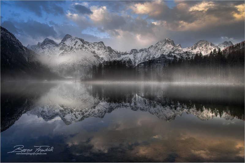 Almsee im Morgenlichtphoto preview