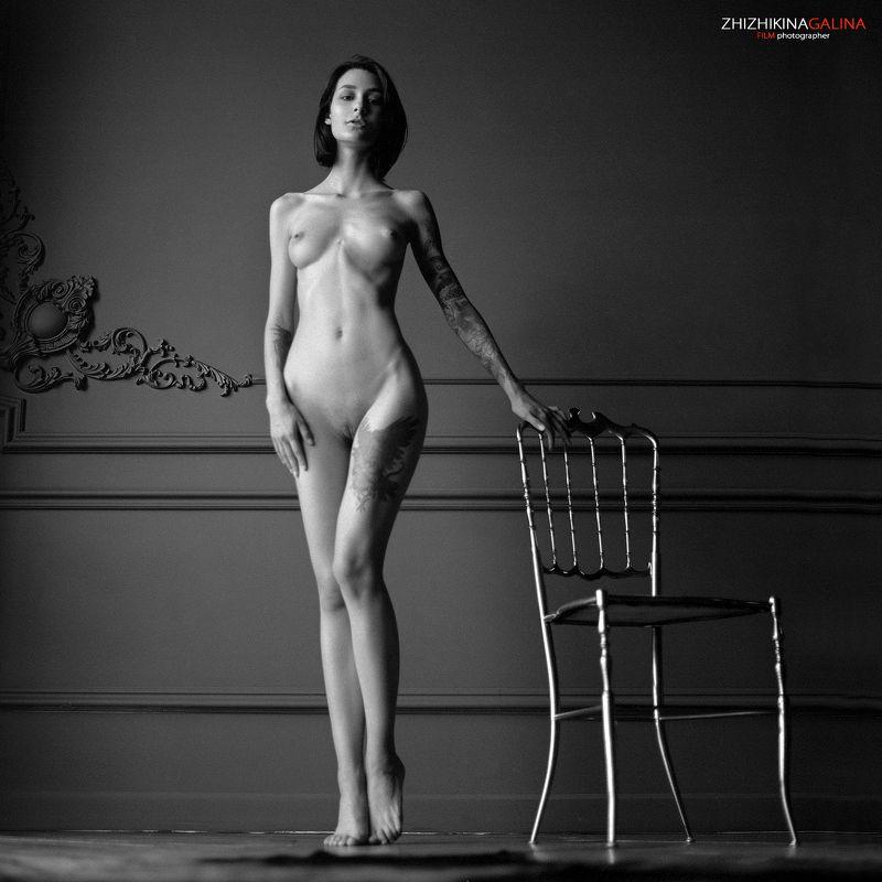 девушка, ню, артню, чб, пленка, топлесс, фотостудия, фотограф, портрет, nude, artnu, nu, portrait, bw, film, middle, 6x6 Она ждала его...photo preview