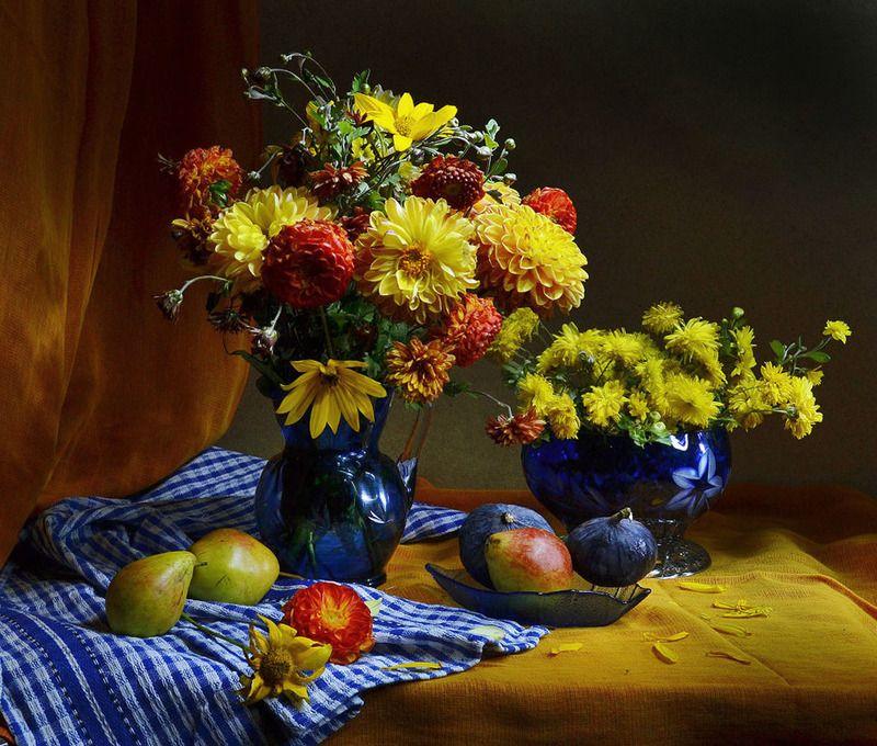 still life,натюрморт, осень, сентябрь, фото натюрморт, георгины, хризантемы, цветы,настроение, Осеннее граффитиphoto preview