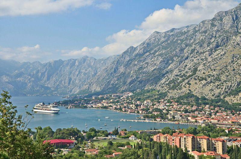 черногория, котор, боко-которская бухта, лайнер, лето, адриатика Прибытие лайнераphoto preview