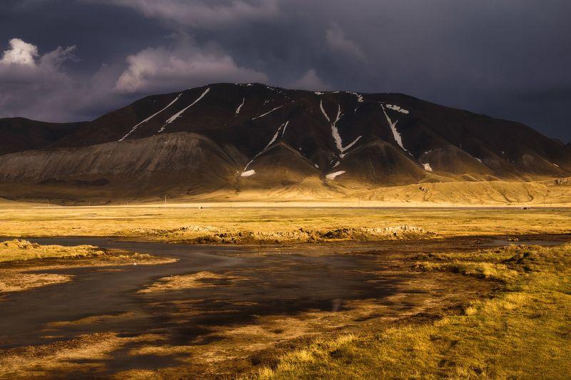 киргизия, кыргызстан, средняя азия, горы, дорога, скалы, пейзаж, лето, ущелье, озеро, закат Неизведанная странаphoto preview