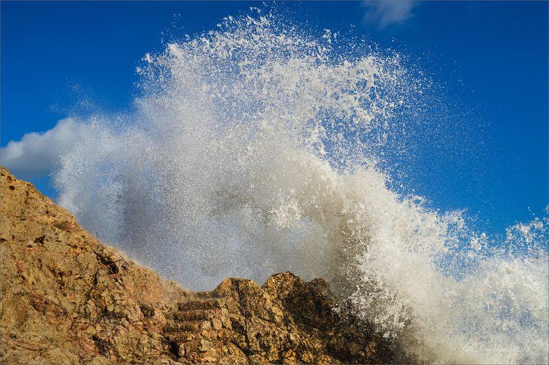 небо, море, скалы, вода, облака, испания Яростьphoto preview