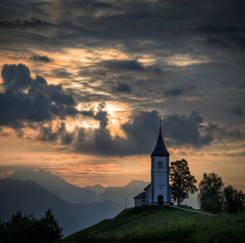 landscape nature sunrise scenery chapel mountain  light cloudy пейзаж утоо Withstood the test of timephoto preview