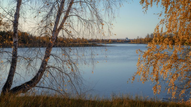 russia, siberia, golden autumn, the river oka, the orthodox church, birches. Вечерний звон.photo preview