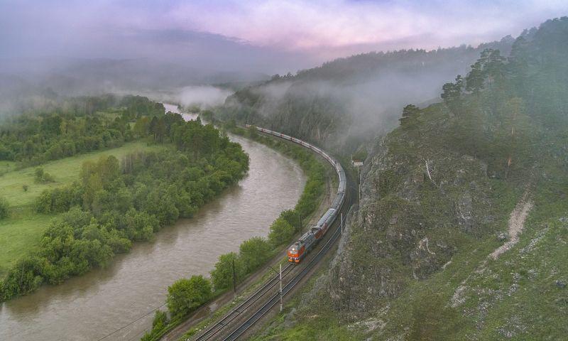 жд, железная дорога, поезд, россия,  пейзаж, skrylov, skrylov_official, лето, рассвет, утро, туман, горы, поезд, пассажирский, эп2к, вязовая, челябинская область, юрюзань ***photo preview