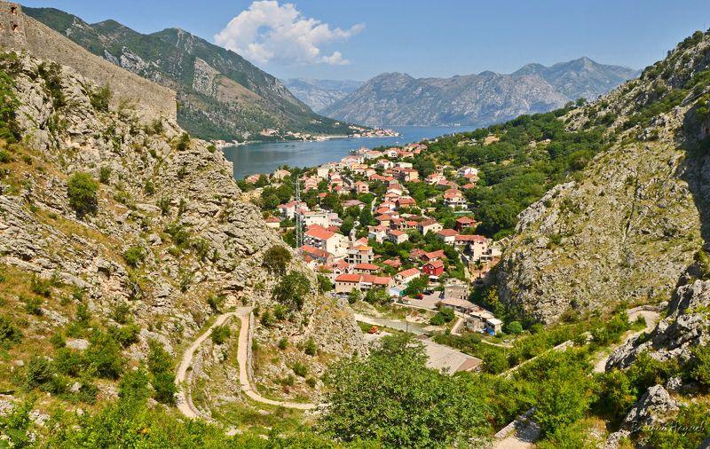 черногория, котор, боко-которская бухта, лето, адриатика Виды Боко-Которской бухты по мере подъёмаphoto preview