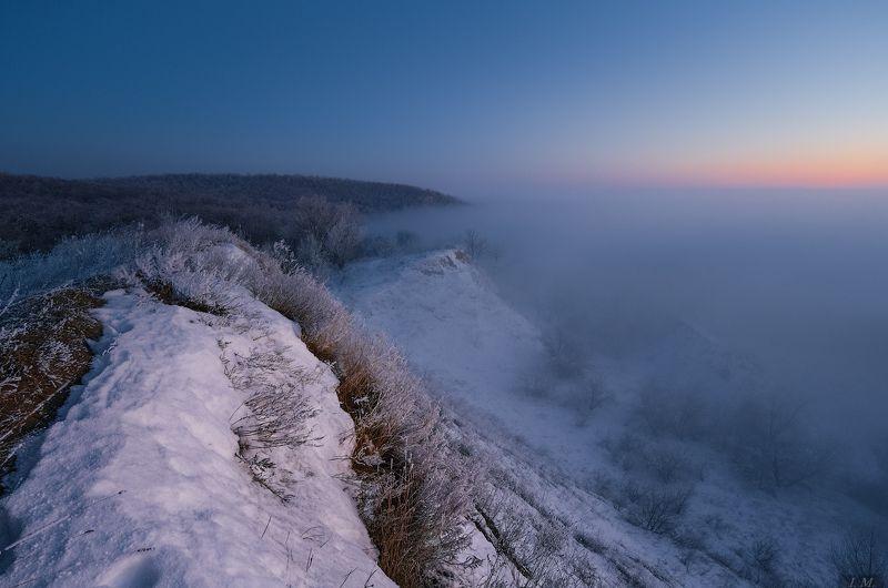 зима, снег, холмы, туман, вечер, сумерки, misty, fog, twilight, winter, evening, snow, frozen, Landscape, hills, sky, foggy,  Frozen ..photo preview