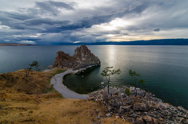 природа, пейзаж, сибирь, озеро, байкал, остров, ольхон,  лето, горы, холмы, тучи, скеалы, залив, вечер, *photo preview