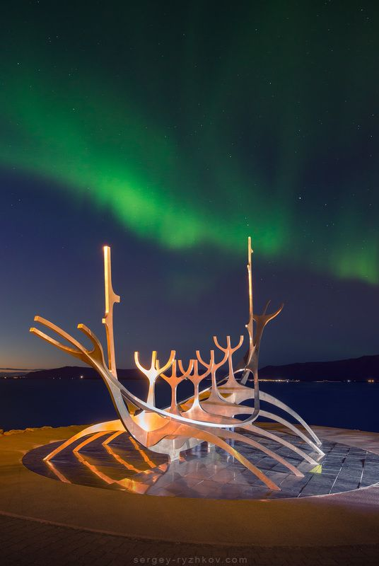 Reykjavík, Iceland, northern light, aurora, aurora borealis, polar light, northern lights, travel, landscape, северное сияние, исландия, рейкявик,   Sun Voyagerphoto preview