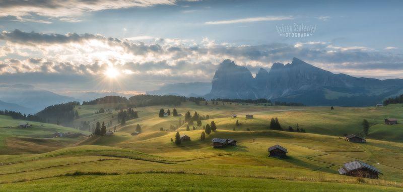 доломиты, август, alpedisiusi, italy, утро, восход, dolomites Стоя на красивом холме... :)photo preview