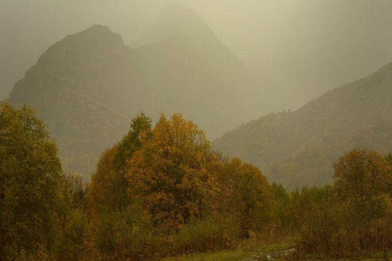 горы осень домбай Осень в горах Кавказаphoto preview