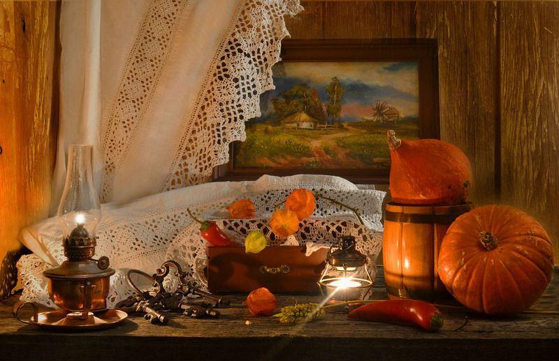 still life,натюрморт,холст ,фото натюрморт, физалис, тыквы ,световая кисть ,ручная работа ,подсвечник ,перец ,осень, овощи, ноябрь, масло, лампа керосиновая ,латунь, кружева, комод ,ключи ,живопись, бочонок Осень в стиле ретро...photo preview
