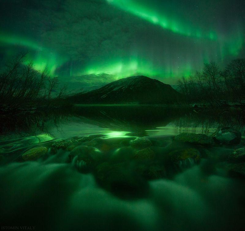 пейзаж,сияне,отражение,россия,хибины,кольский,север,ночь,осень,снег,панорама,цвет,лес,вода Малый вудъяврphoto preview