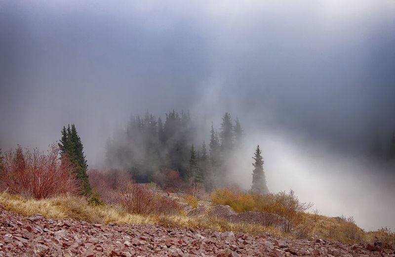 кыргызстан, горы Магия туманаphoto preview