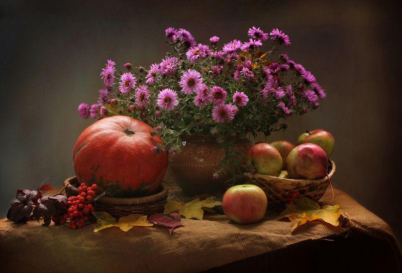 натюрморт, тыквы, свеча, цветы, хризантемы Про осень и тыковкиphoto preview
