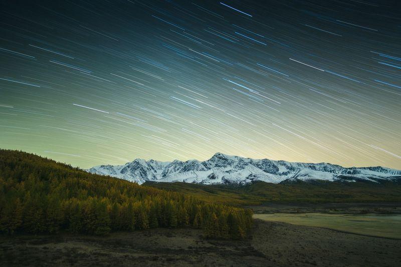 россия, алтай, республика алтай, горный алтай, природа, пейзаж, сибирь, горы, озеро, ночь, млечный путь, осень, джангысколь Движение Вселеннойphoto preview