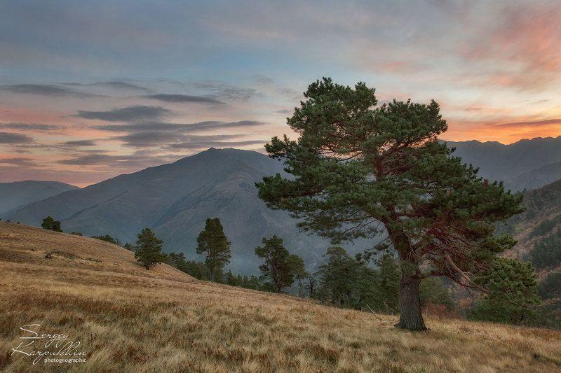 кавказ, дагестан Утро в горах Дагестанаphoto preview