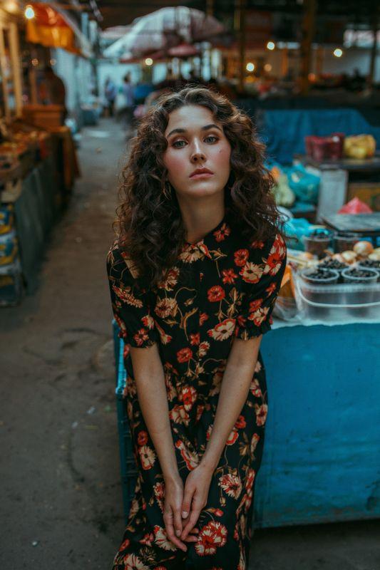 frame, portrait, портрет, girl, indoor, девушка, молодость, сентябрь, ламповый, retouch, ретушь, цвет Nastyaphoto preview
