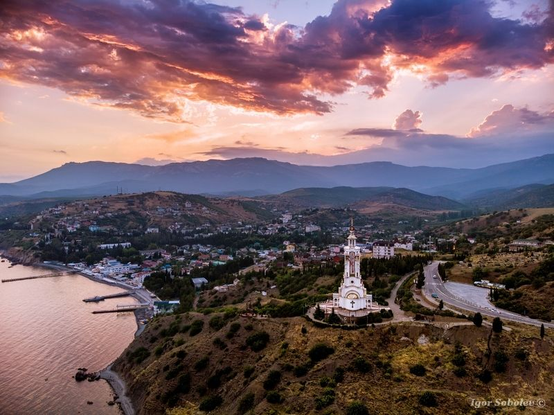 храм-маяк, святой николай чудотворец, малореченское, крым, temple-lighthouse, st. nicholas the wonderworker, malorechenskoe, crimea, На закатеphoto preview