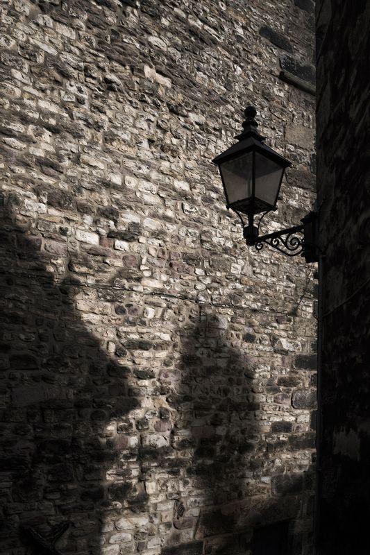 тень, стена, агнлия, великобритания, силуэт  Остров Тулеphoto preview
