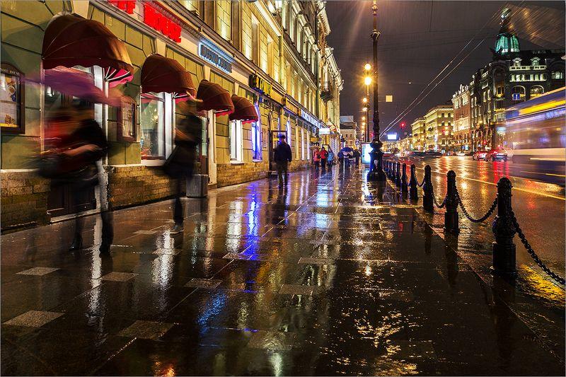 Дождливый осенний Невскийphoto preview