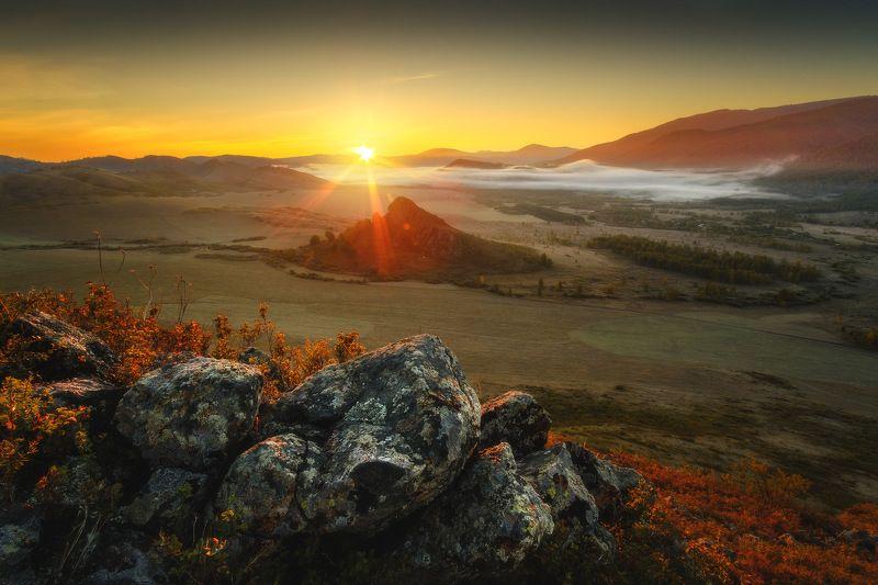 россия, алтай, алтайский край, тигирек, сибирь, осень, природа, пейзаж, горы, хребет, лесостепь, закат,  заповедник Пробуждениеphoto preview